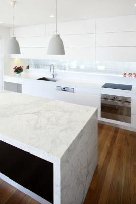 17 White Kitchen Designs Inpirations - Kitchens By Design - liam murphy - NSW Kitchen Designer of the year 2014 | www.designlibrary.com.au