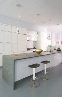 13 White Kitchen Designs Inpirations - www.designlibrary.com.au - Betty Wasserman Interiors - South Chelsea Loft