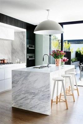 13 White Kitchen Designs Inpirations - www.designlibrary.com.au - image via New zealand Design Blog