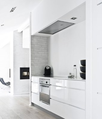 13 White Kitchen Designs Inpirations - image via convoy tumblr