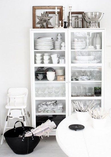 Kitchen Designs 17 Storage Solutions - Using a free stand cupboard as part of your kitchen - www.designlibrary.com.au - www.designlibrary.com.au