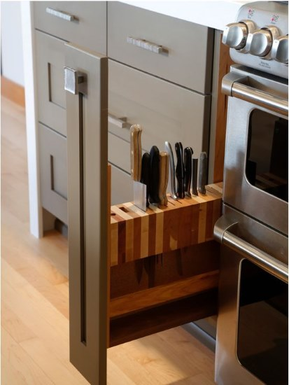 Kitchen Designs 17 Storage Solutions - slide-out knife block - Buzzfeed - www.designlibrary.com.au